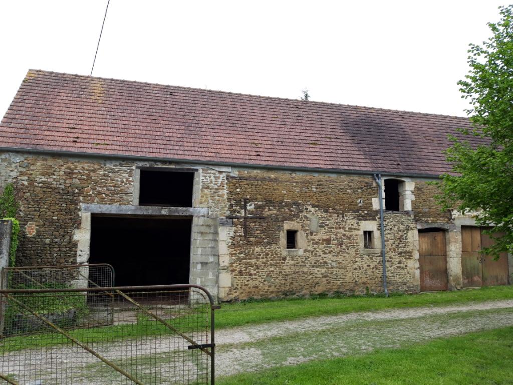 Corps de ferme dans la triangulaire Argentan-Trun-Falaise