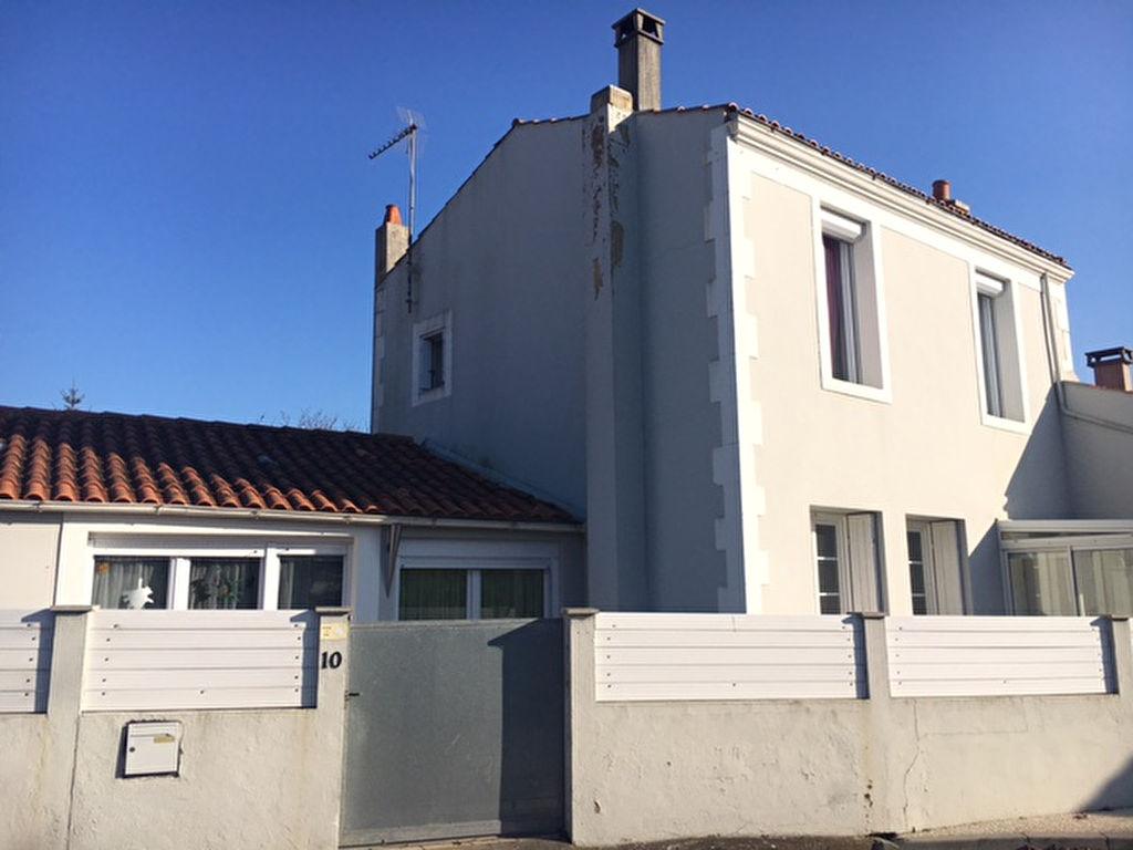 Maison 3 pièces 103,86 m2 Échillais