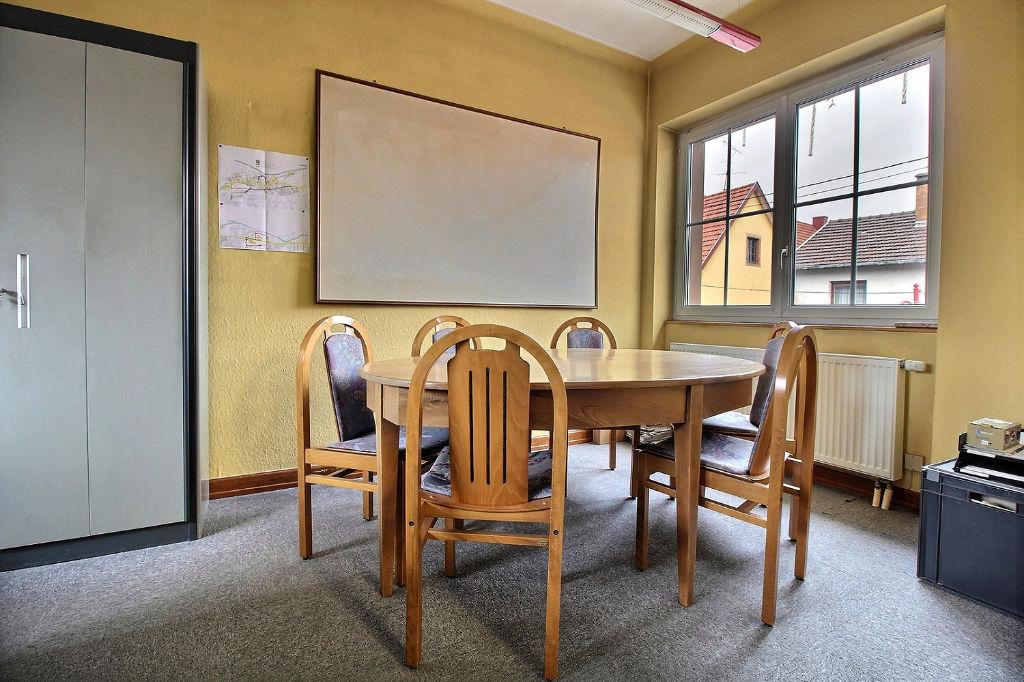 Appartement 6 pièces 144,5 m2 Niedermodern