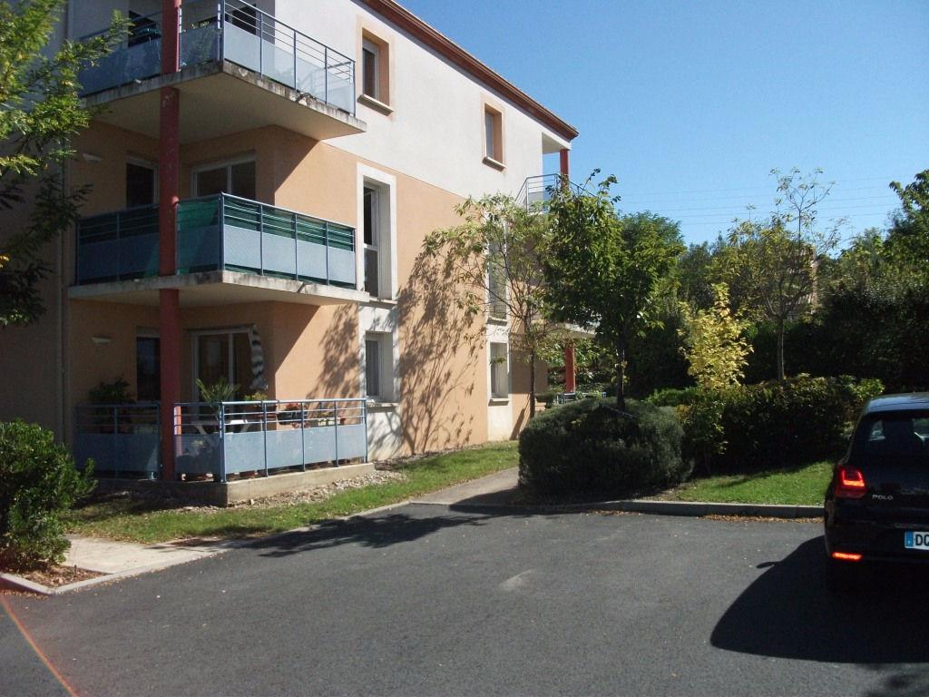 Appartement 3 pièces 55 m2 Saint-Juéry