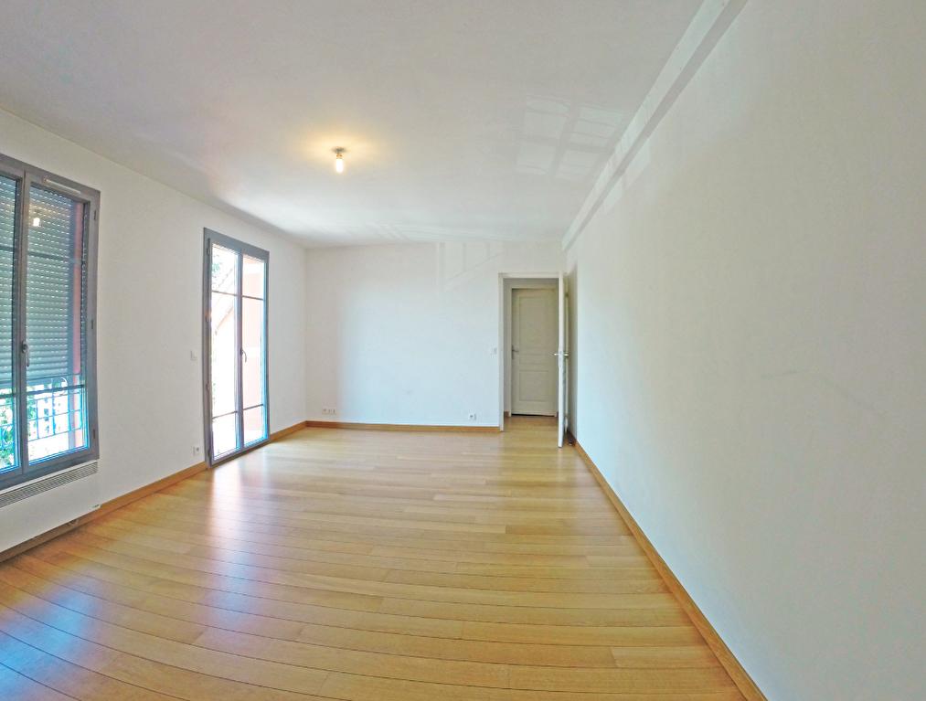 003902E0415M - Appartement à louerBOISSY SAINT LEGER