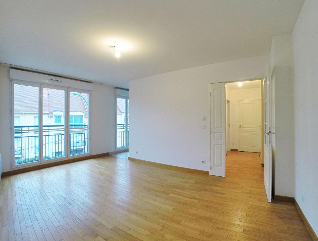 003902E0CAM0 - Appartement à louerSUCY EN BRIE