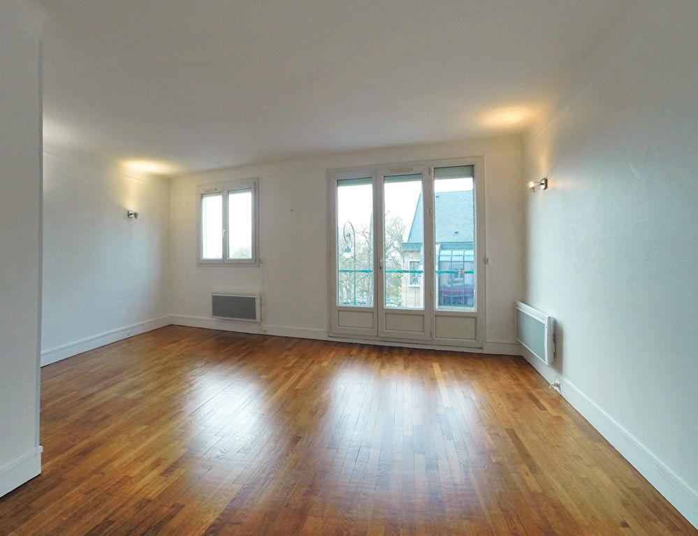 003902E0EE44 - Appartement à louerSUCY EN BRIE
