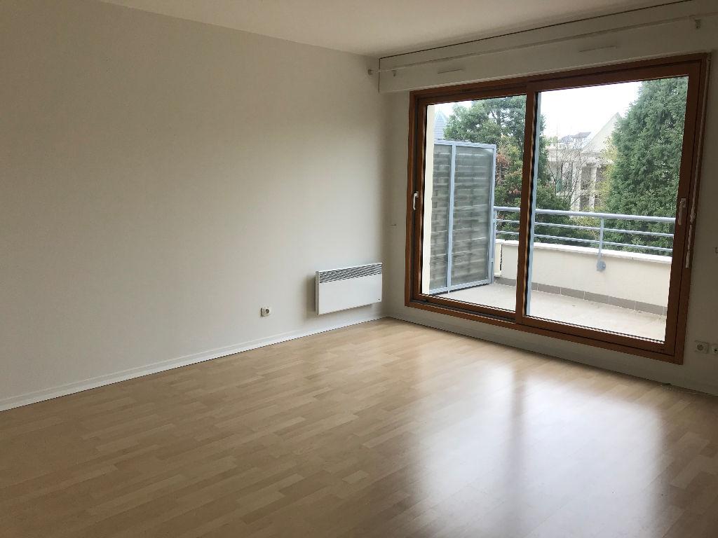 003902E0EG5A - Appartement à louerLA VARENNE SAINT HILAIRE