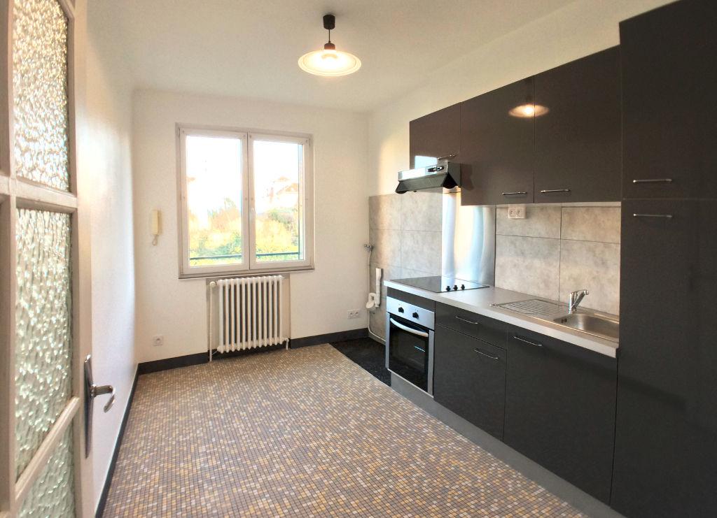 003902E0N1X2 - Appartement à louerSUCY EN BRIE