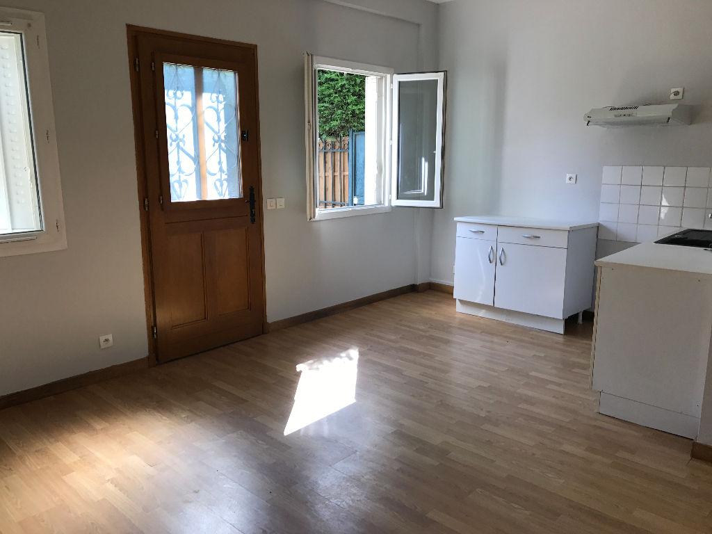003902E0QUHF - Appartement à louerSUCY EN BRIE