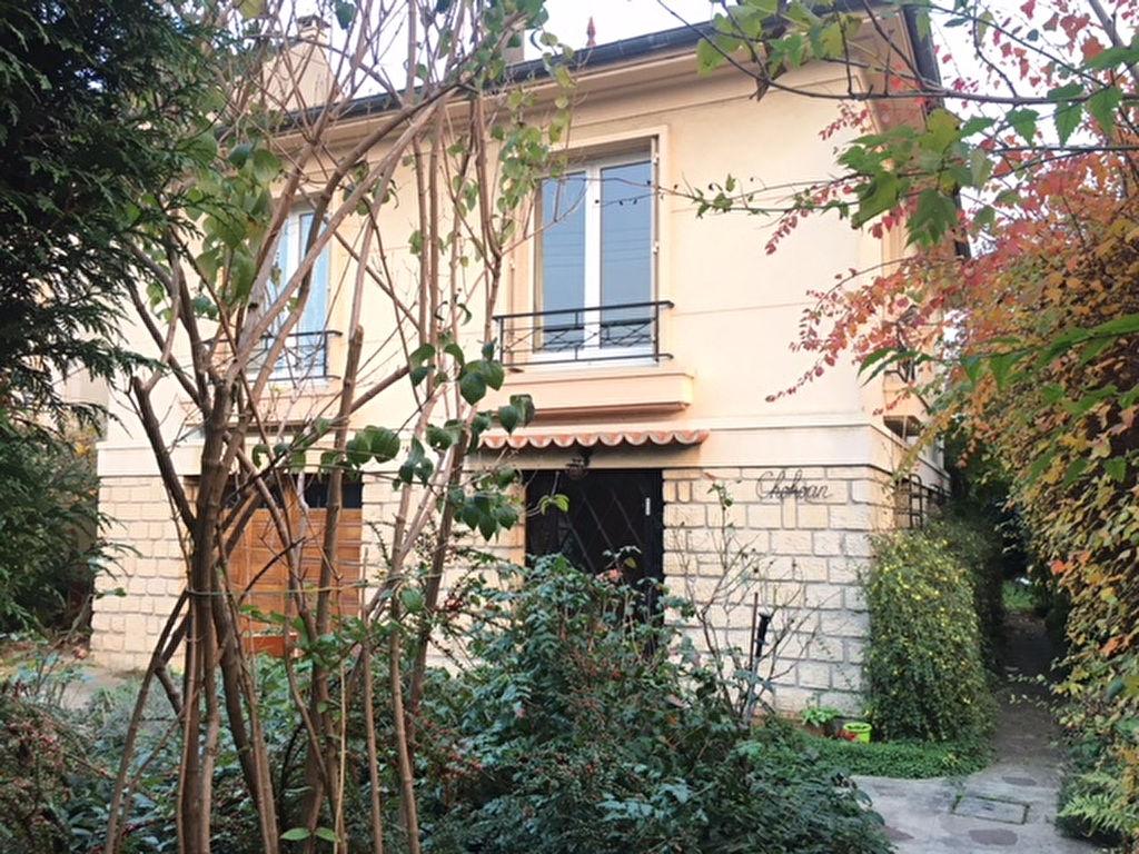 003010E0VPDI - Maison à vendreSUCY EN BRIE