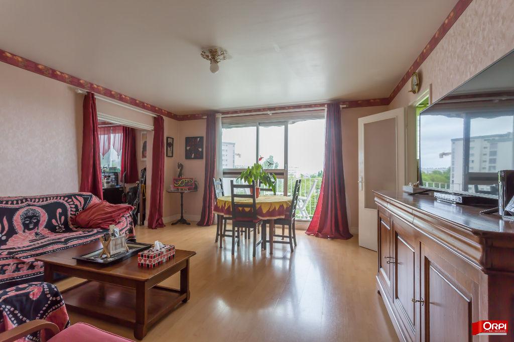 003902E1136C - Appartement à vendreSUCY EN BRIE