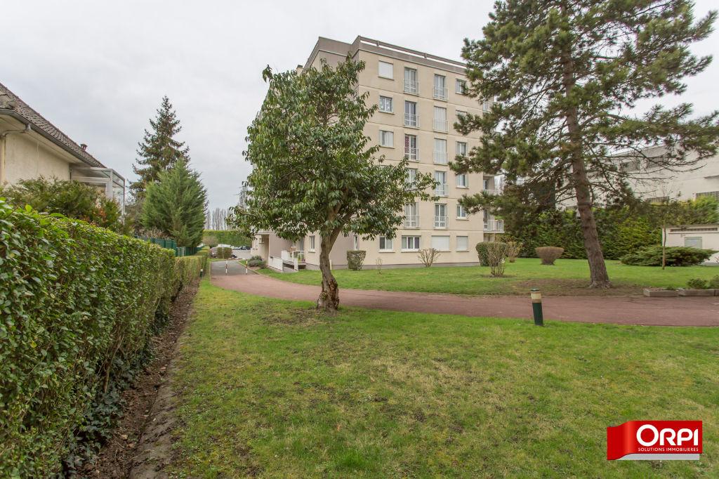 003902E11BG2 - Appartement à vendreSUCY EN BRIE