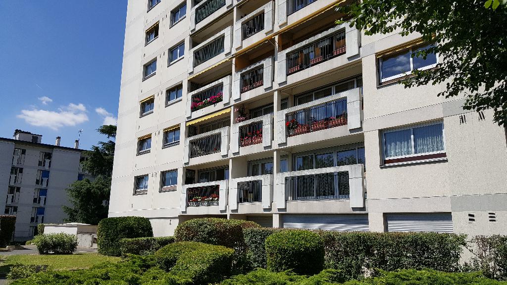 003010E13322 - Appartement à vendreSUCY EN BRIE