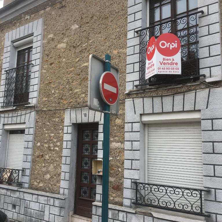 003902E1C8HE - Maison à vendreSUCY EN BRIE