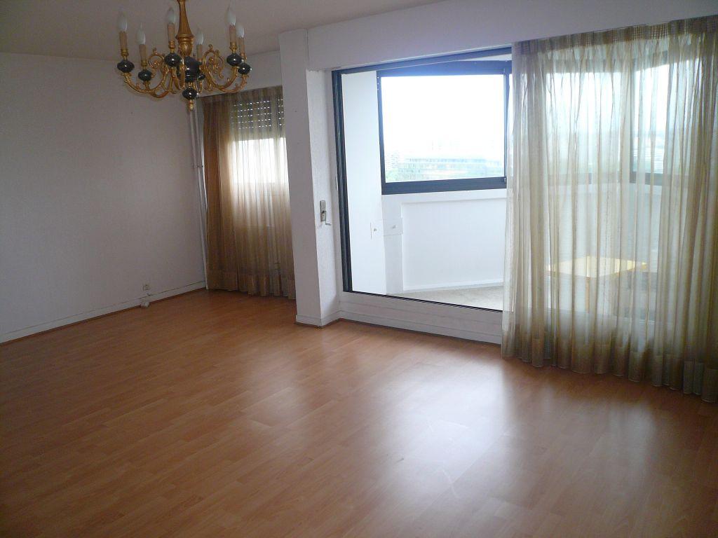 003027E04MOW - Appartement à vendreCRETEIL