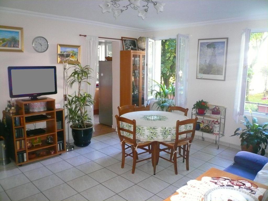 003027E0554K - Appartement à vendreCRETEIL