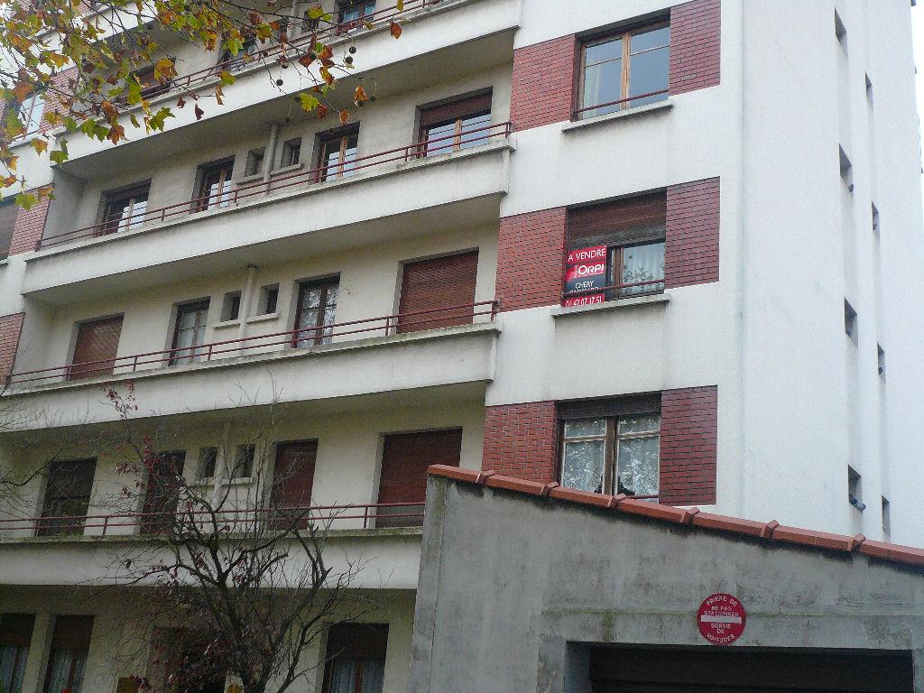 003027E07HW6 - Appartement à vendreCRETEIL