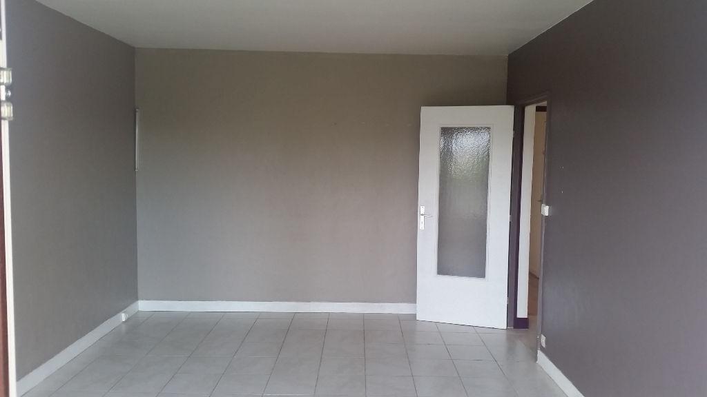 003045E0QCUT - Appartement à louerCHENNEVIERES SUR MARNE