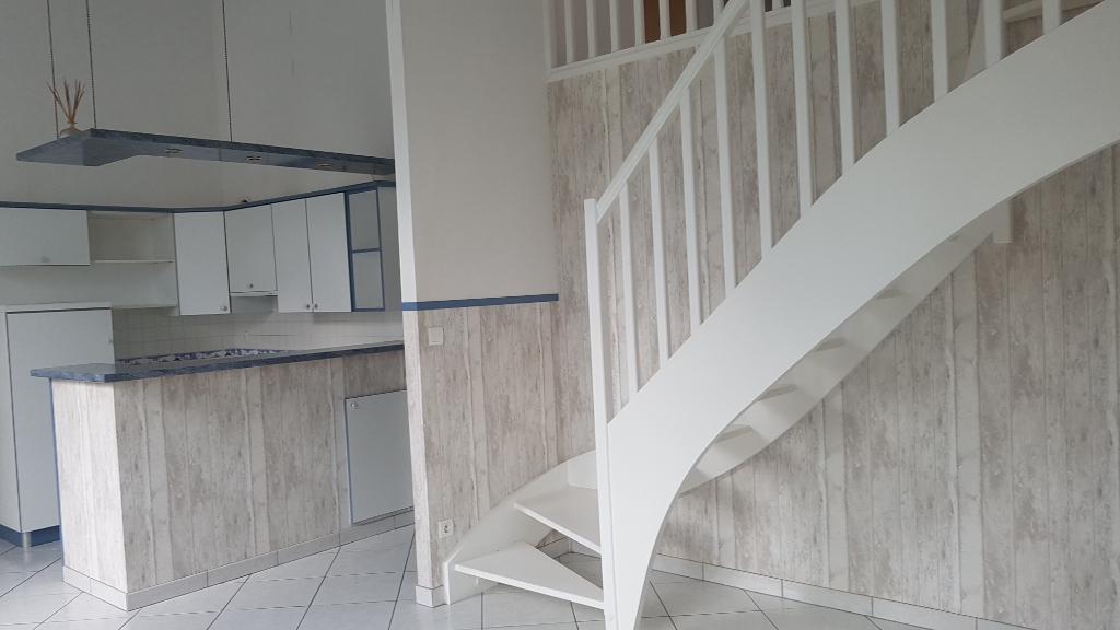 Coeur de village - Appartement  2 pièce(s) exposé sud LA FLOTTE EN RE (17630)