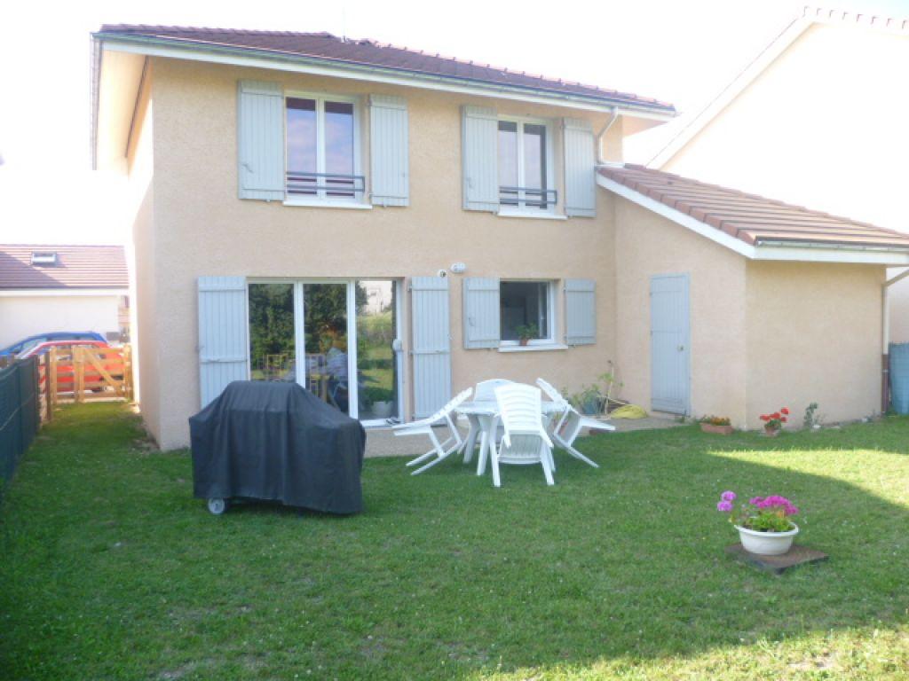 Annonce location maison saint tienne de saint geoirs for Annonce location maison