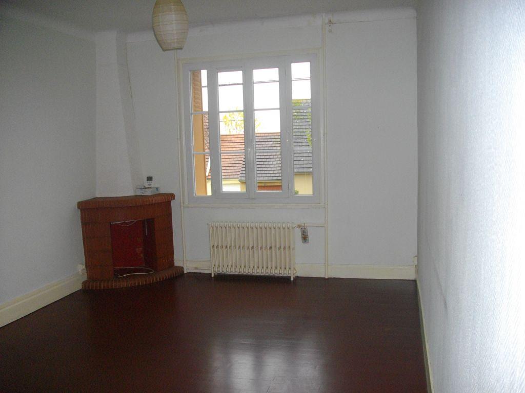 Maison 3 pièces 80 m2 Saint-Amand-Montrond