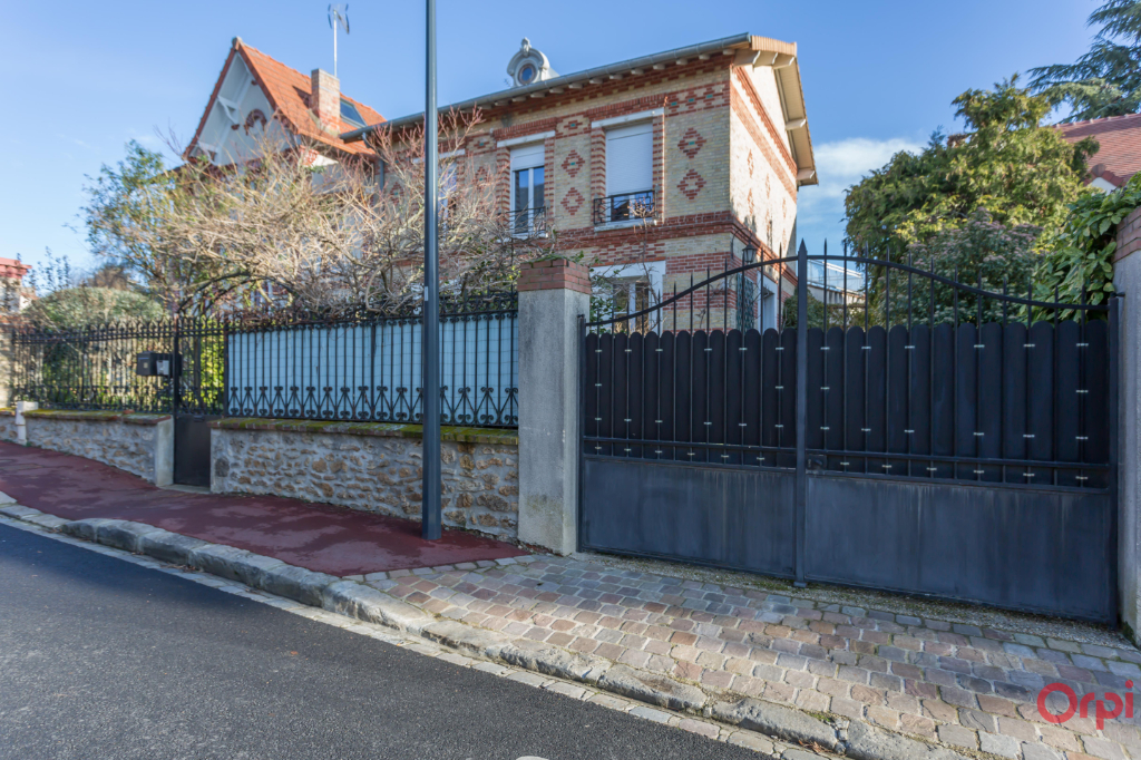 Maison Fontenay Aux Roses 7 pièces 190 m² sur un terrain de 522 m²
