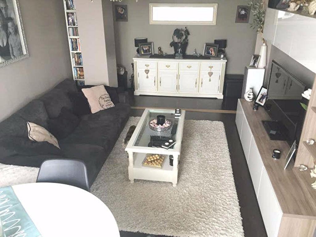 appartements vendre sur nanterre 92000 2 r cemment ajout es. Black Bedroom Furniture Sets. Home Design Ideas
