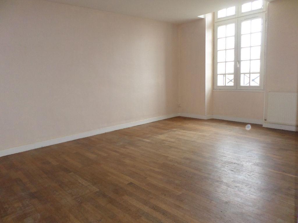Appartement 3 pièces 70 m2 La Fère