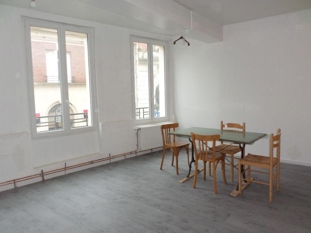 Appartement 4 pièces 108 m2 La Fère