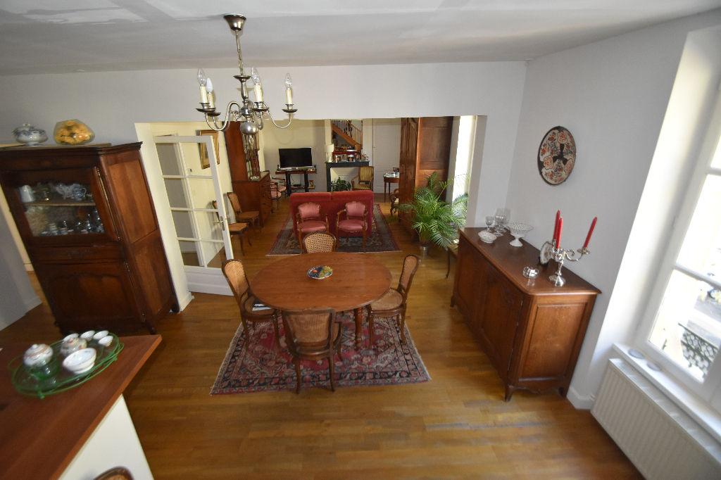 Superbe appartement en duplex quartier pr�fecture
