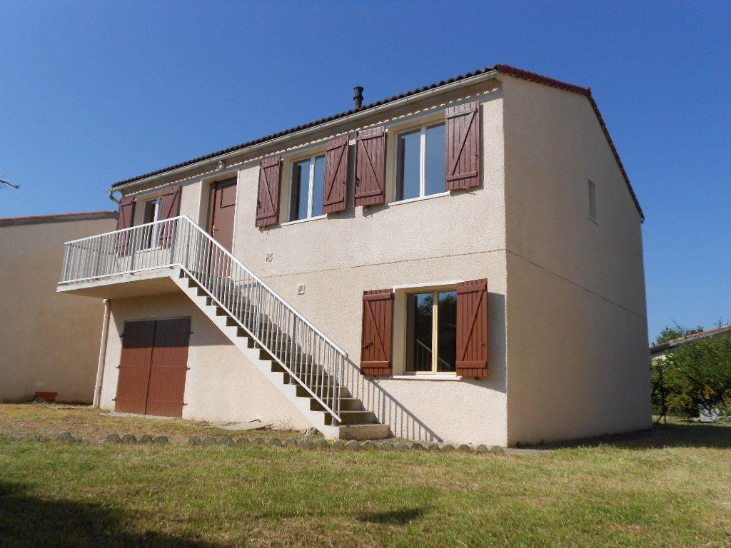 Maison - 6 pièce(s) - 100 m² 161000 Montauban (82000)