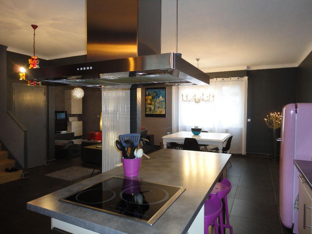 annonce vente maison rodez 12000 130 m 266 000 992735862321. Black Bedroom Furniture Sets. Home Design Ideas