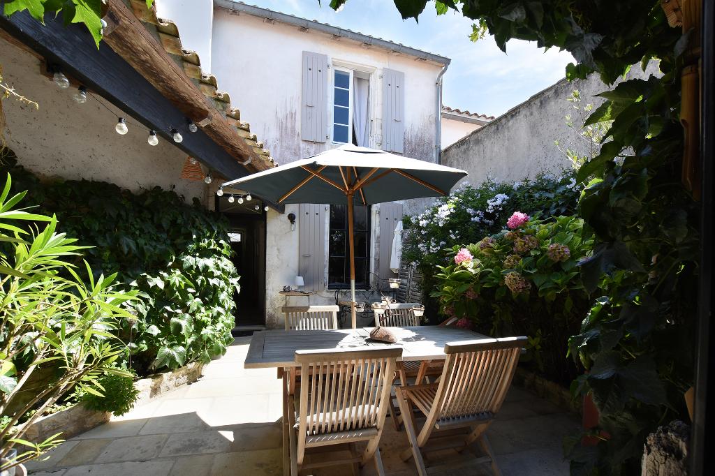Maison La Couarde Sur Mer  4 pièce(s) 109 m2 LA COUARDE SUR MER (17670)