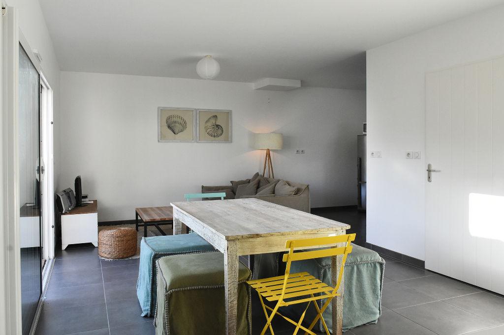 Maison Loix 4 pièce(s) 86 m2 LOIX (17111)