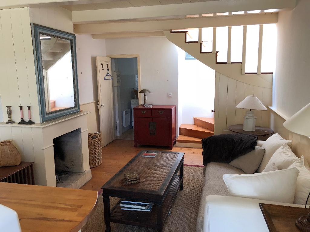 Maison Les Portes En Re 2 pièce(s) 45 m2 LES PORTES EN RE (17880)
