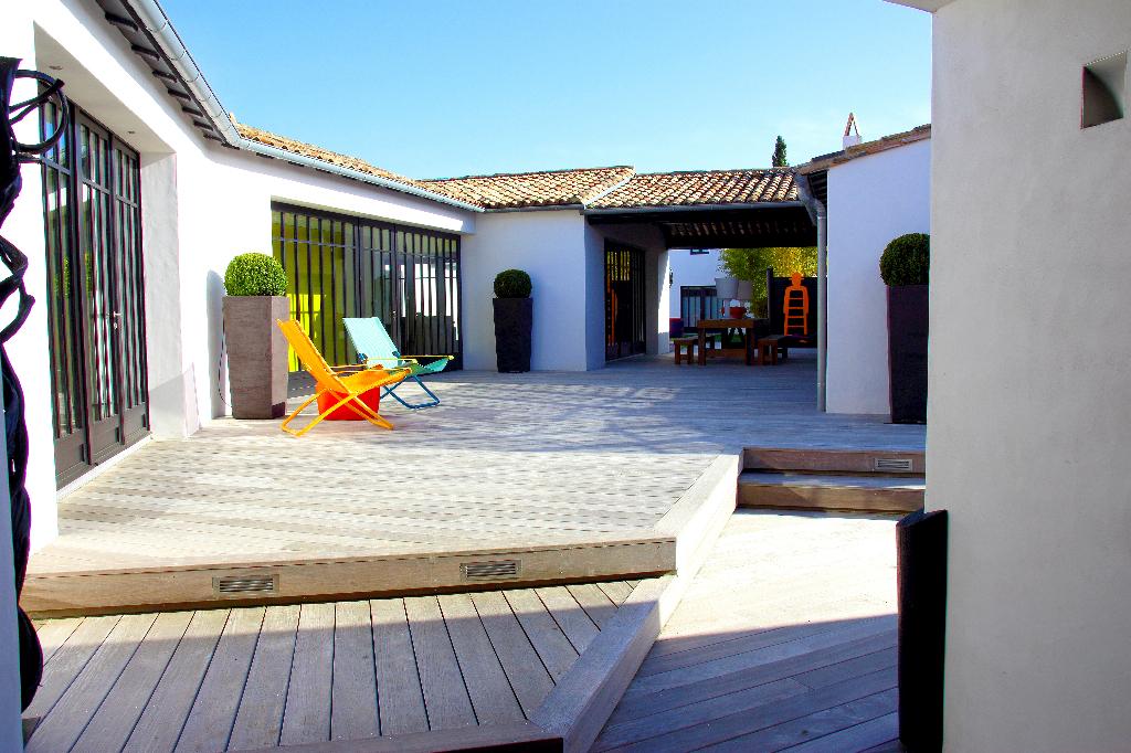 Maison aux Portes en Ré d'environ 400 m² LES PORTES EN RE (17880)