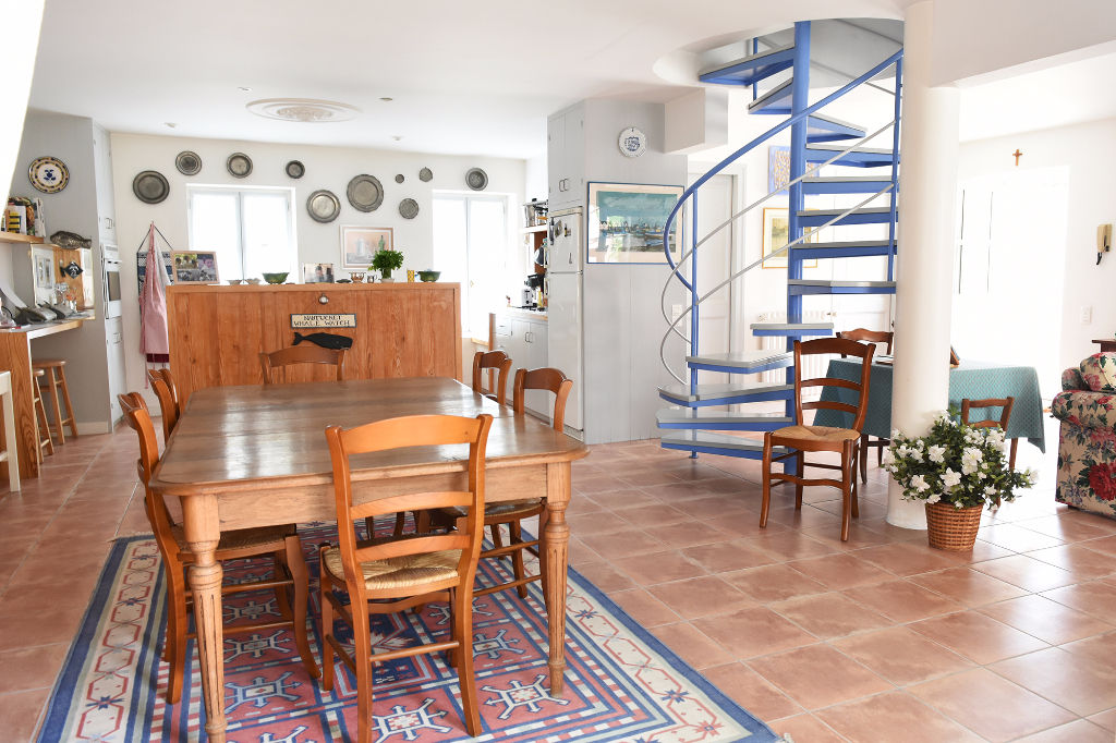 Belle propriété rénovée à Ars en Ré. île de ré ARS EN RE (17590)