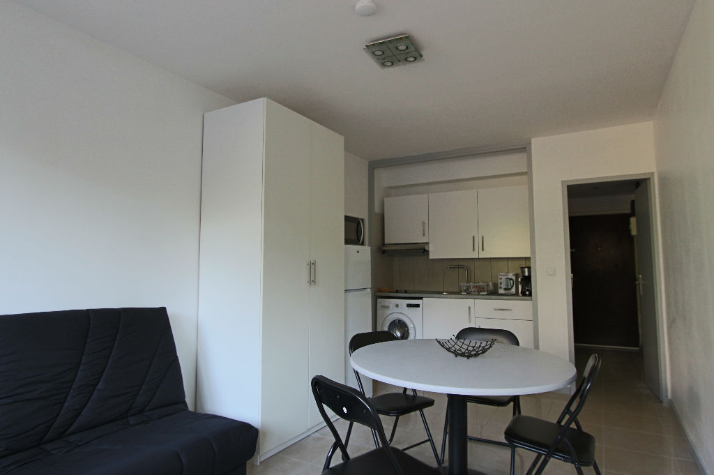 Annonce location appartement cully 69130 24 m 615 for Annonce location appartement