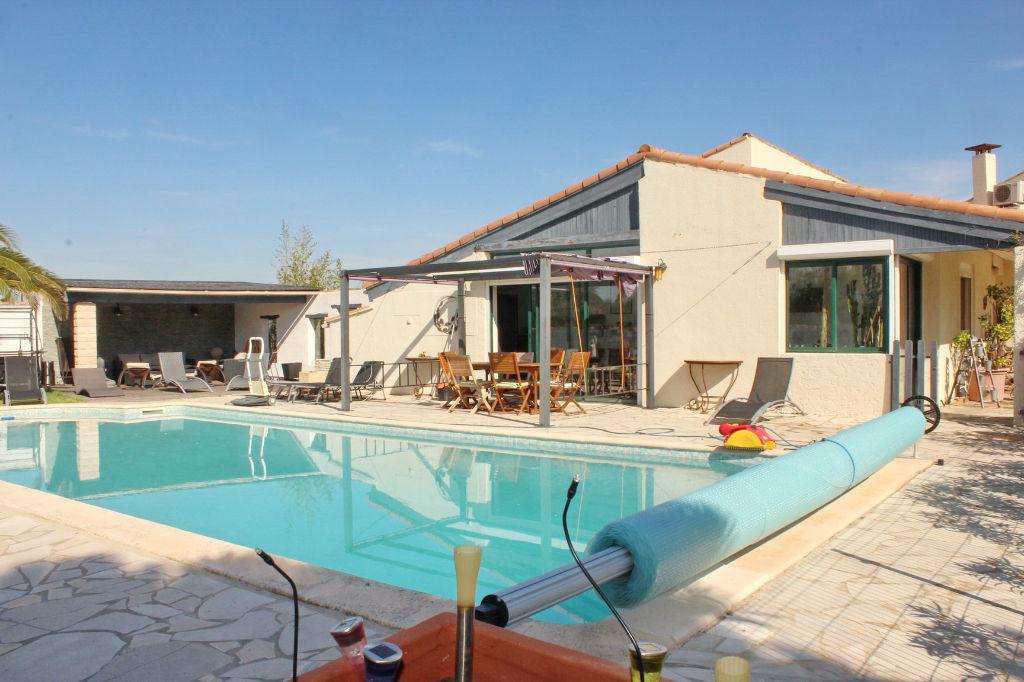 PHOTO1 - Vente belle villa proche étang à Marseillan .