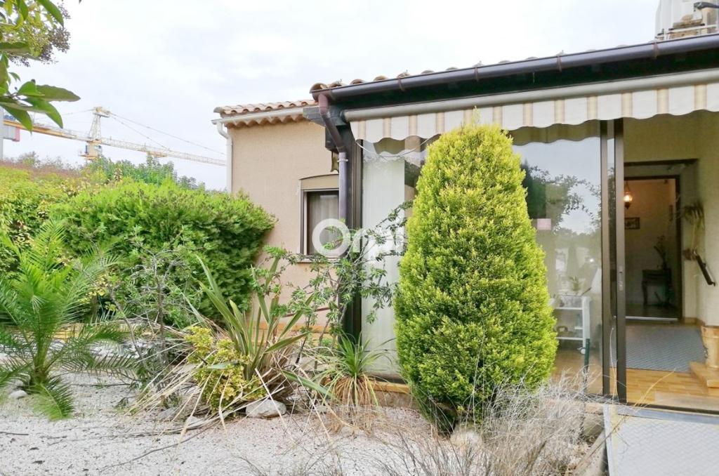 PHOTO1 - Vente villa de plain-pied avec garage, jardin et terrasse à Agde .