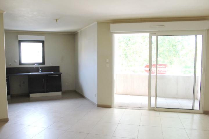PHOTO1 - Appartement avec garage Beziers .