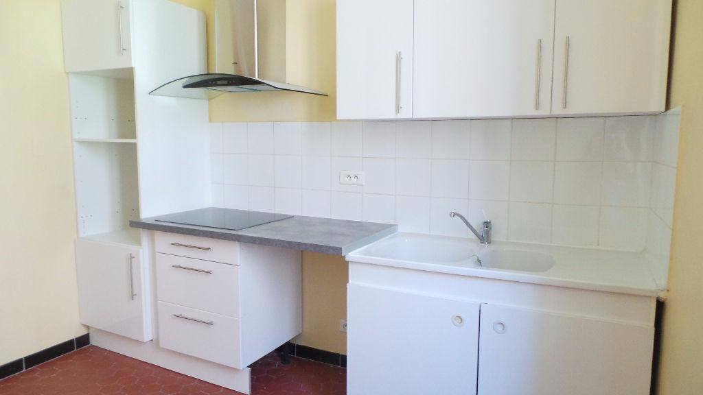 Appartement - 2 pièce(s) - 46 m² 586 Toulon (83000)