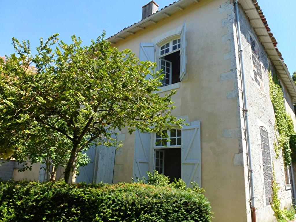 Maison Semussac 6 pièces SEMUSSAC (17120)
