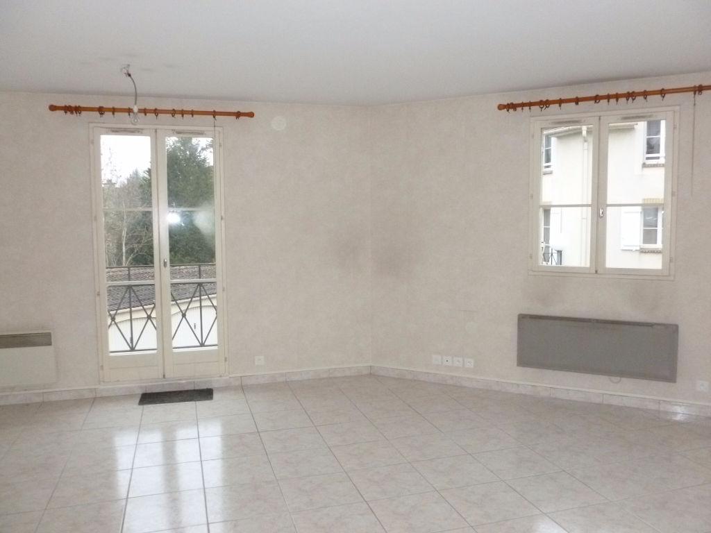 Appartement 3 pièces 64,93 m2 Saint-Pierre-lès-Nemours