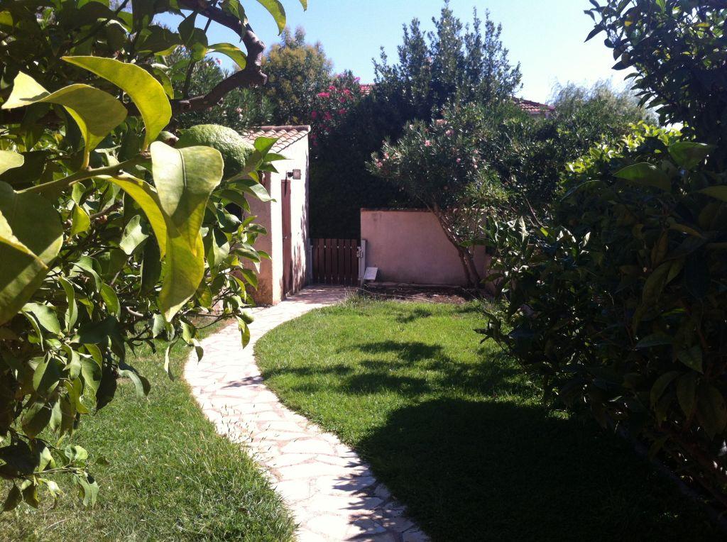 La seyne sur mer les sagnarelles maison t4 avec jardin for Immobilier avec jardin