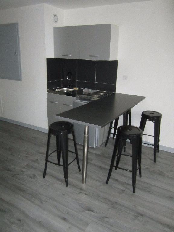 NANCY  GARE - GRAND STUDIO REFAIT A NEUF 29 m²