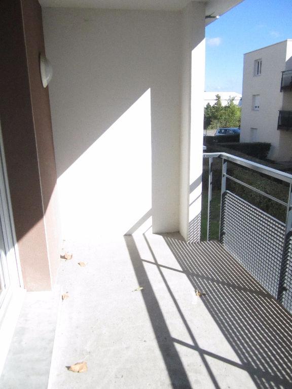 Nancy - Bel F4 en résidence avec balcon et parking.