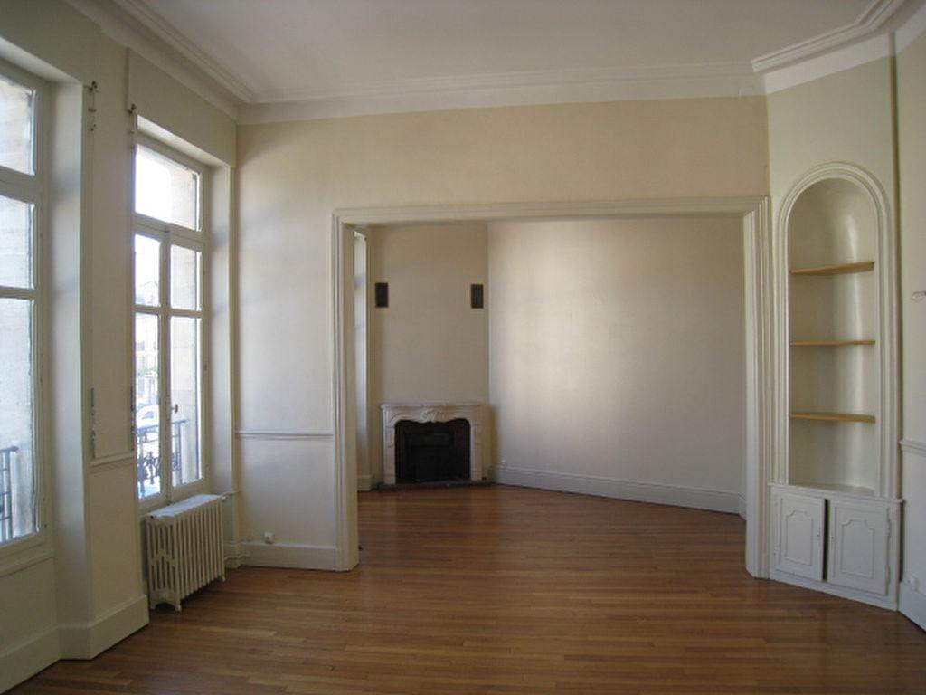 Nancy, appartement 6 pièces 156 m2