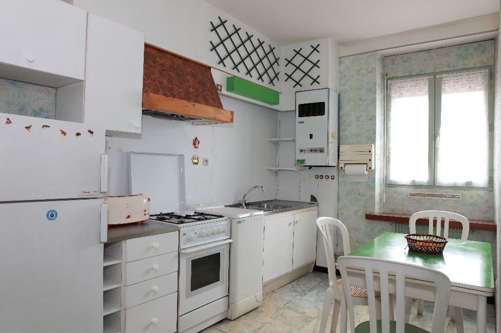 Appartement F2 meublé proche Kinépolis 42 m² .