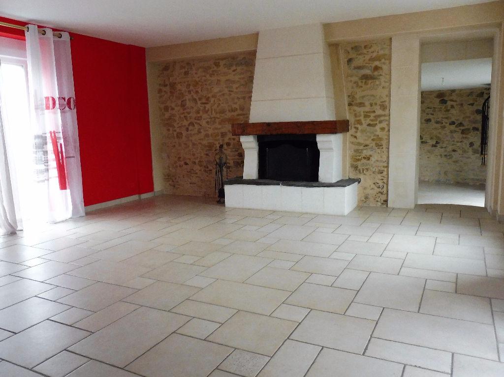 Maison 8 pièces 245 m2 Châteaubriant