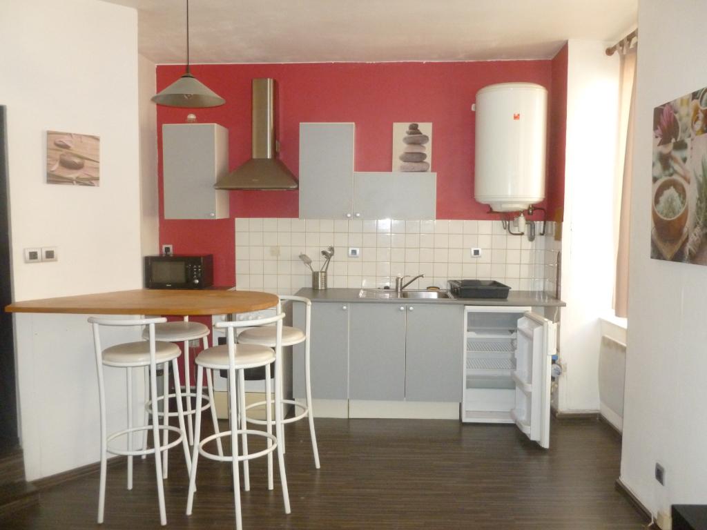 annonce location appartement saint tienne 42000 27 m. Black Bedroom Furniture Sets. Home Design Ideas