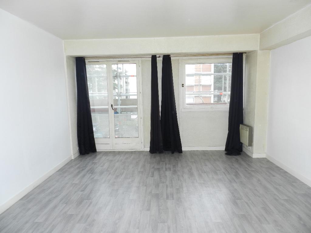 009056E0C6ES - Appartement à louerBOUSSY SAINT ANTOINE