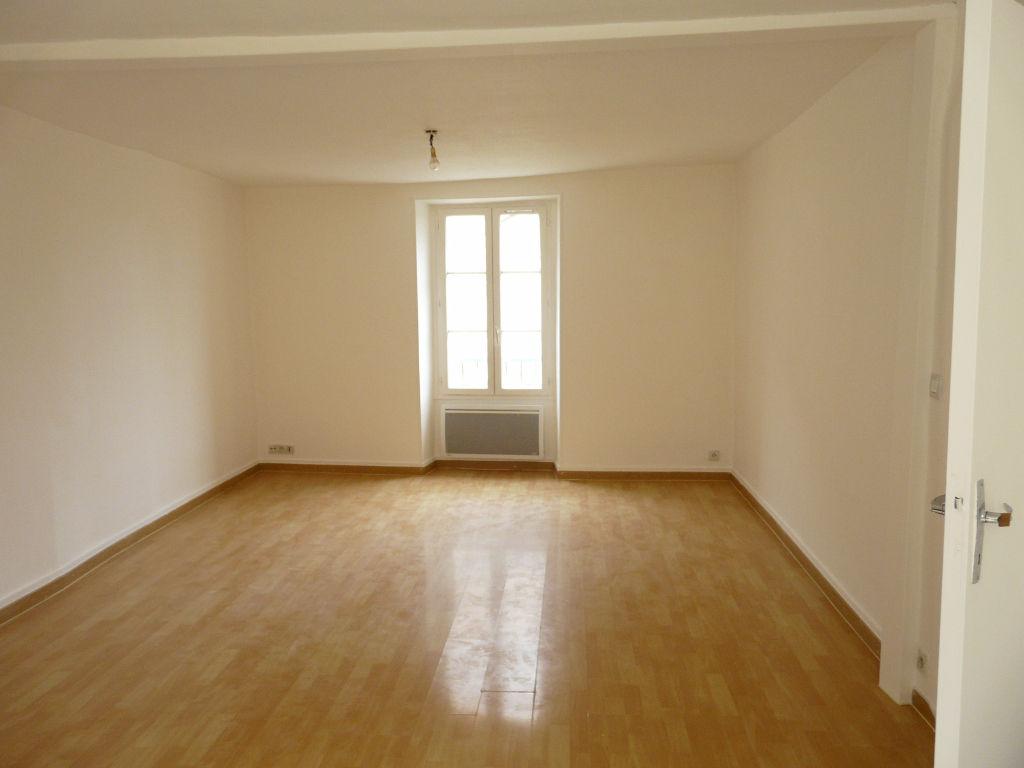 009920E0I8Y8 - Appartement à louerCHAUMES EN BRIE